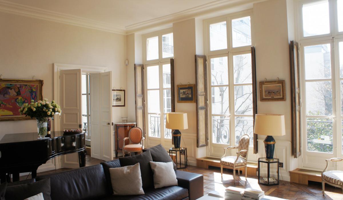P19.living room.jpg