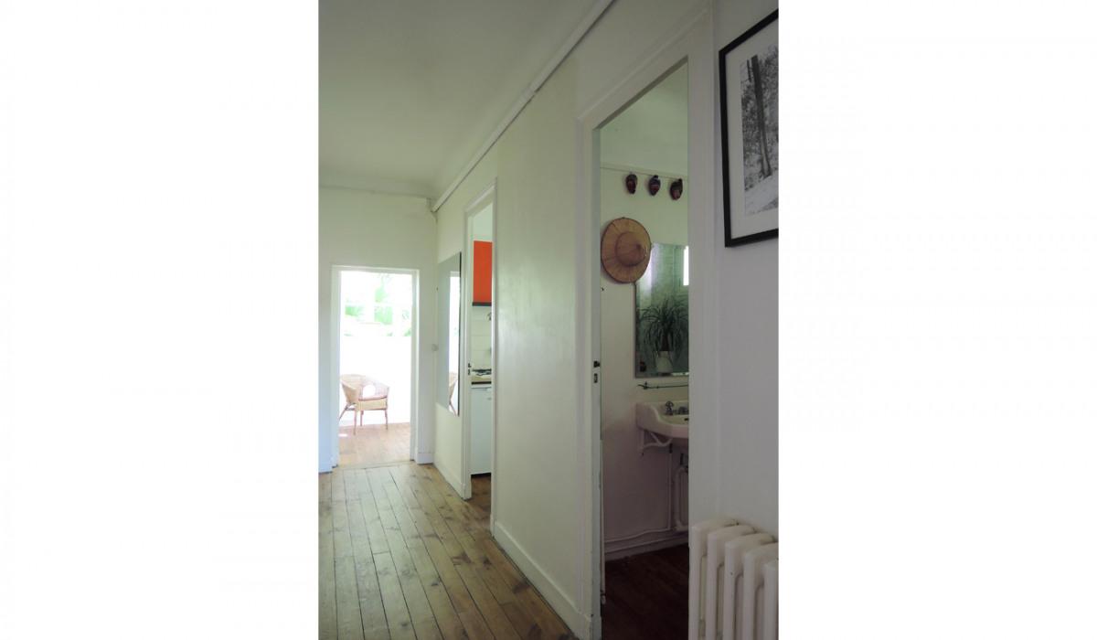 B.Chounet-architecte - arcachon-couloir-distribution-vue-couleur.jpg