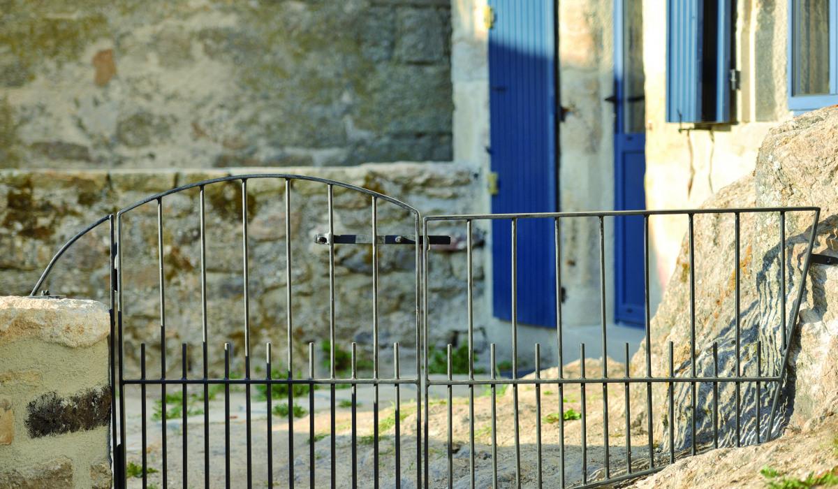 Almuneau architecteurs-architecte-constructeur-lozere-ardeche-hauteloire-neuf-renovation-extension-construction-portail.jpg
