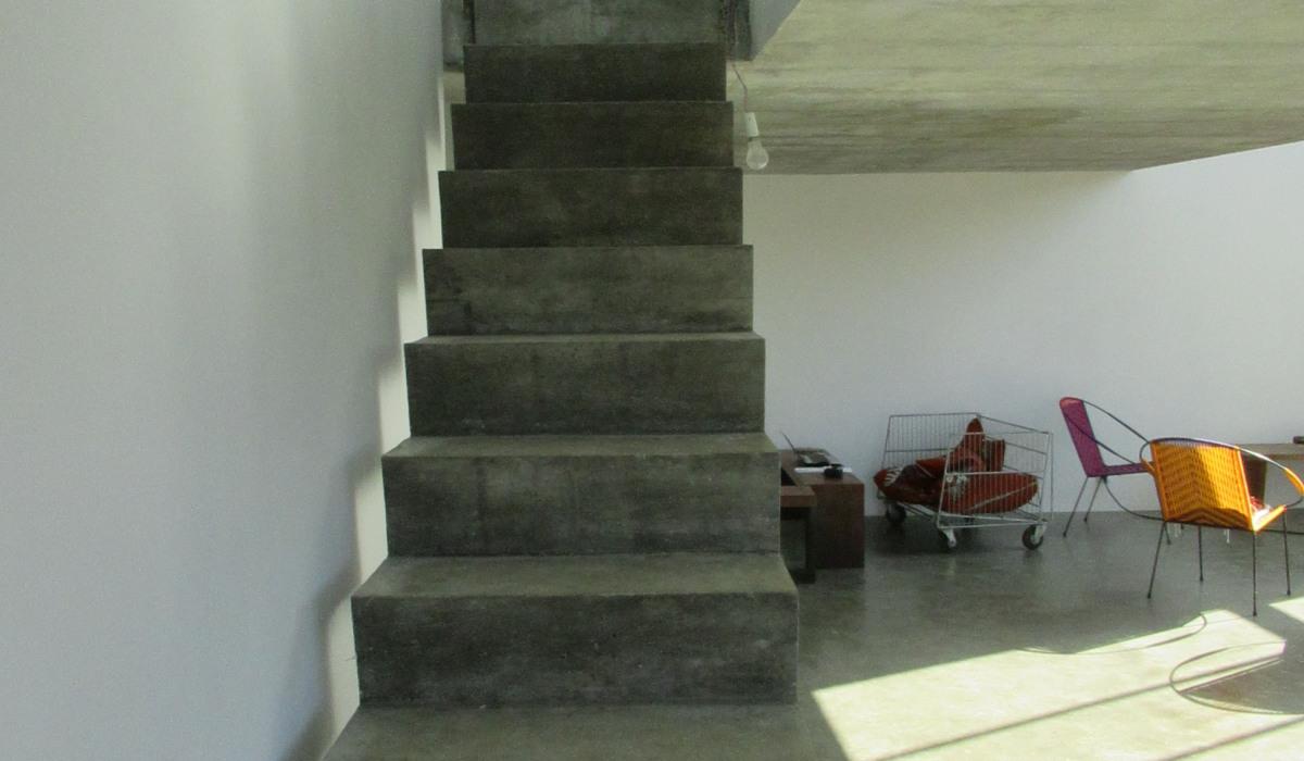 ARCAIS-montée de l'escalier.JPG