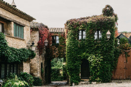 Peratallada Castle Renovation - HOTEL