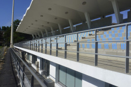 Tribune de rugby du Stade Auguste Delaune