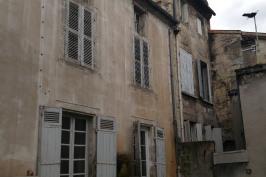 Rénovation et surélévation d un immeuble quartier historique