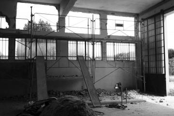 Réhabilitation d'un hangar industriel en 8 lofts