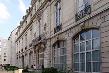 260px-P1100621_Paris_III_rue_du_Grand-Veneur_rwk.JPG