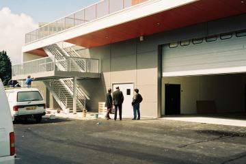 Construction du siège de Visual Télévision
