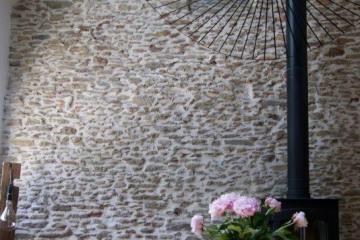 la-beau-hocmardiere-salon-poele-sam-01.jpg