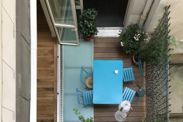 V08 - La terrasse de Mirza