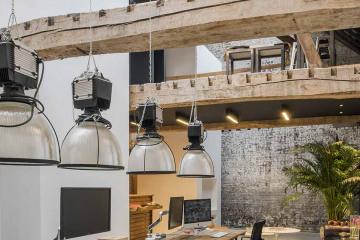 Transformation d'un garage automobile en loft 59 100_Jean-Philippe AUGUSTO Architecte