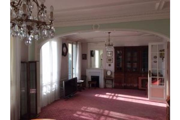 Appartement à Saint-Mandé