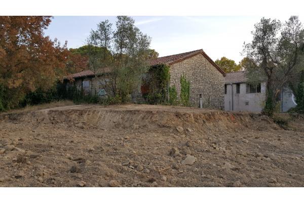 Bâtiment agricole à Saint-Mathieu-de-Tréviers