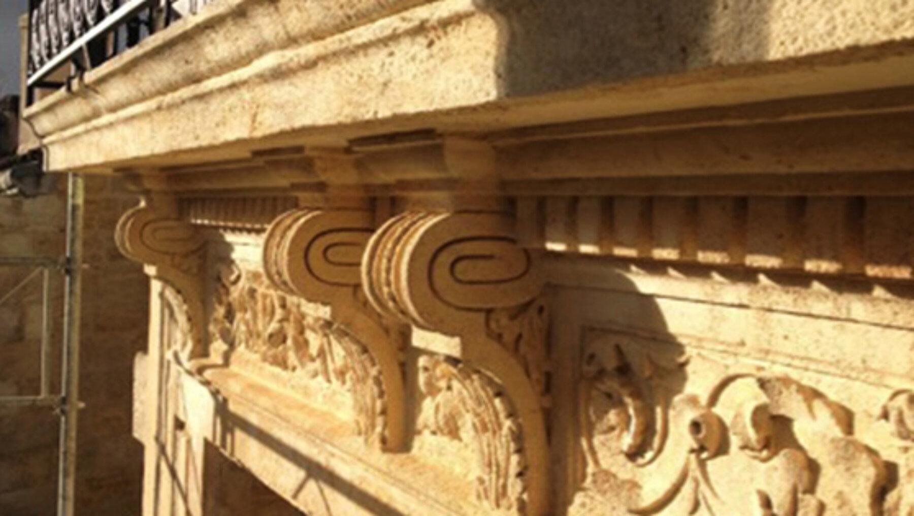 Ravalement d'un immeuble en pierre