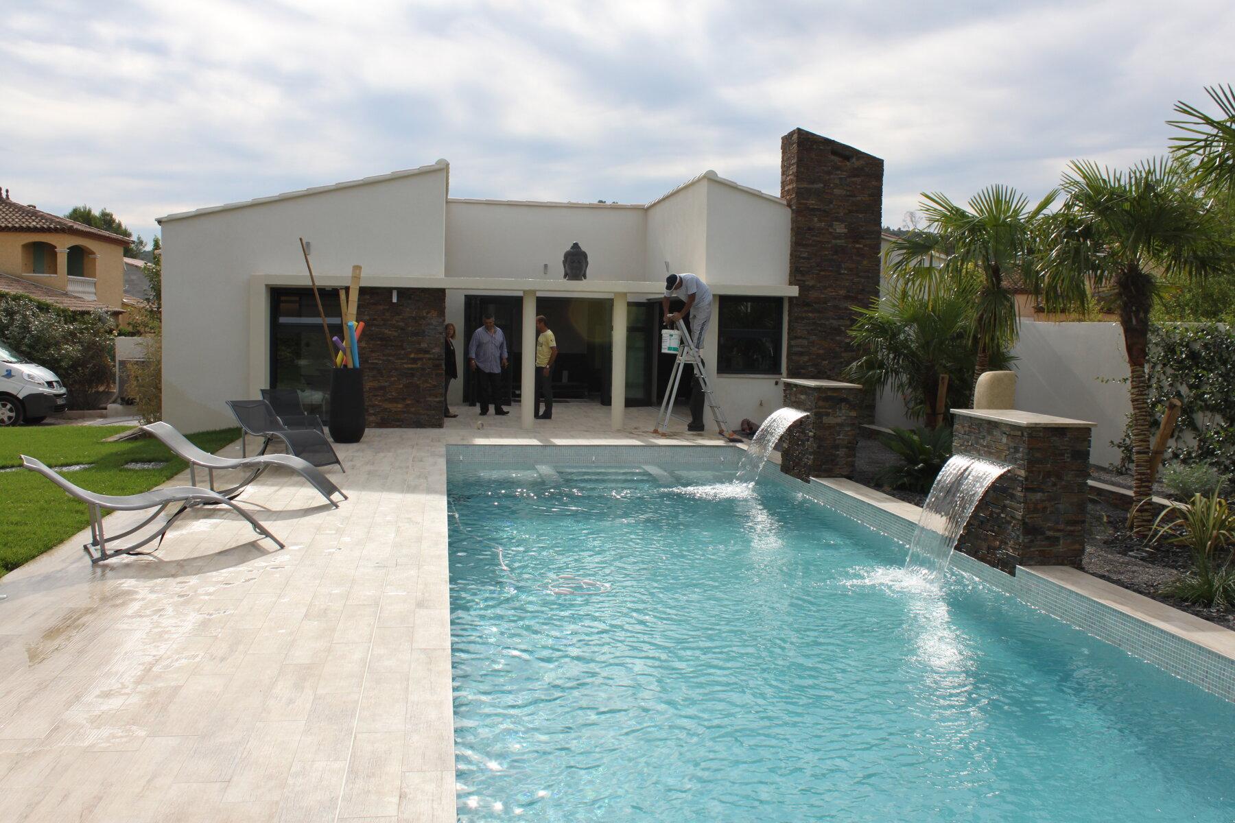 Piscine et pool house D