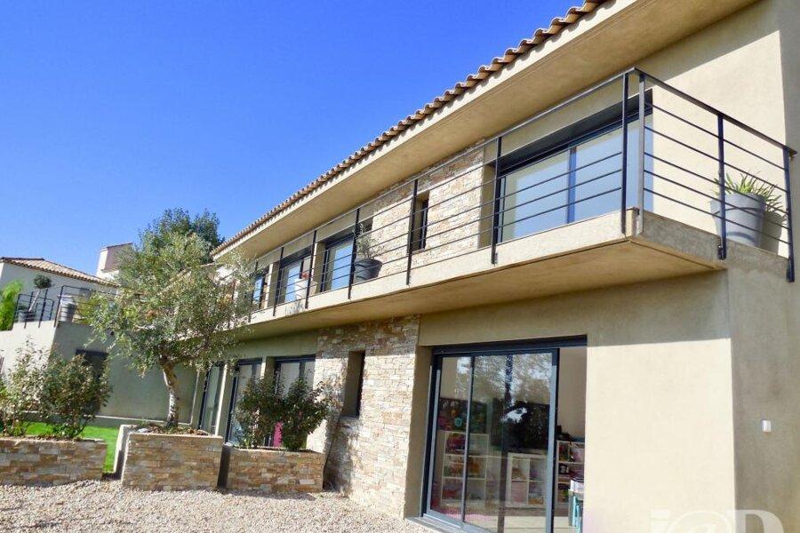 Villa C2