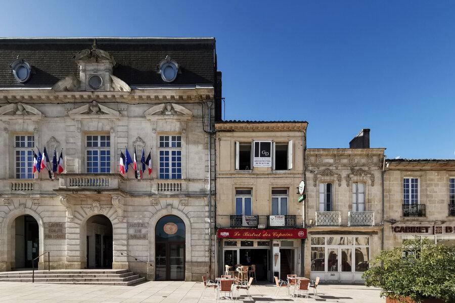 Hôtel à Créon