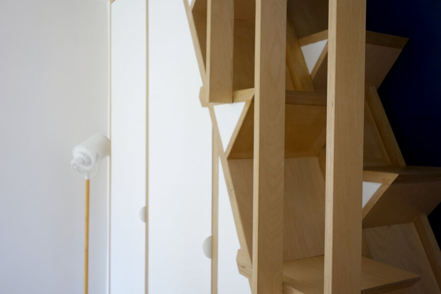 6TX _ Meuble-escalier à pas japonais